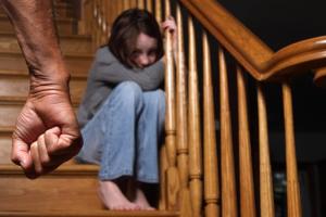 Основания для ограничения родителя в правах