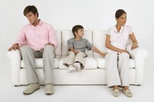 Ограничение в родительских правах что это