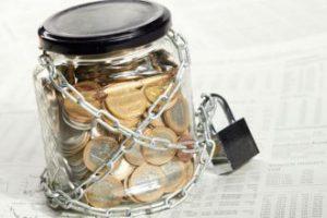 Арест средств, которые находятся на банковских счетах