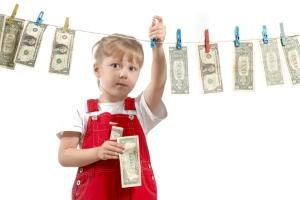 Сколько составляет пособие на усыновленного ребенка