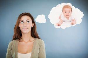 Может ли мать-одиночка усыновить ребенка