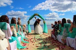 Выездная регистрация брака: как проводится и как организовать