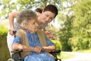 Как оформить опекунство над пожилым человеком в 2018 году? После 80 лет