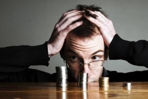 Если у плательщика алиментов нет имущества, работы: что тогда