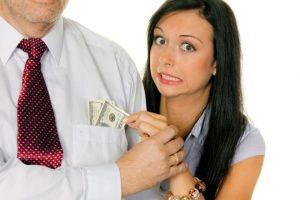 Какой процент от зарплаты идет на алименты: на одного ребенка и жену