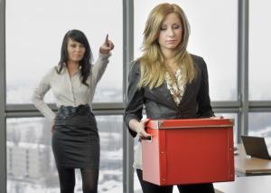 Как могут уволить принятого временно сотрудника на время декретного отпуска