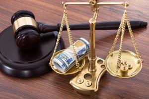 С какого момента взыскиваются алименты по решению суда