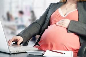 Как правильно оформить декретный отпуск по беременности и родам