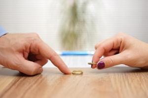 Чтобы оформить развод быстро