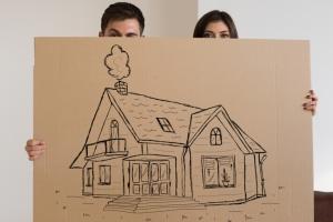 Как переоформить дом с мужа на жену?