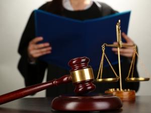 На судебном заседании нужно представить