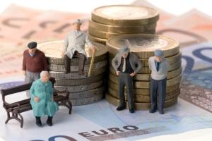 Нужно ли пенсионеру платить алименты