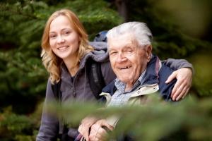 Приемная семья для пожилых людей и инвалидов