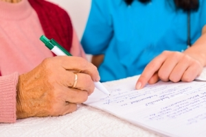 Оформление договоров о пожизненном уходе за квартиру