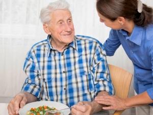 Патронаж за пожилыми в обмен на квартиру