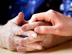Как оформить опекунство на мать 80 лет