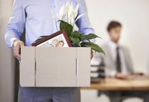 Имеют ли право сократить или уволить мужа, если жена в декрете