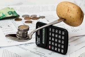 Прожиточный минимум семьи из 3 человек 2020 московская область калькулятор