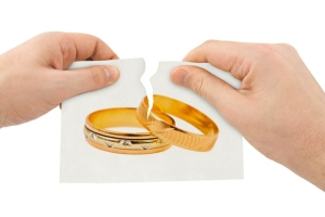 Что делать мужу, который хочет получить развод от жены, имея на руках ребенка до 1 года? Дадут ли ему развод?