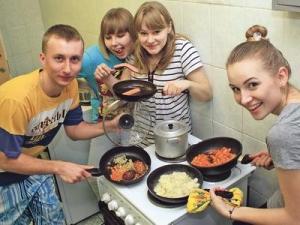 Со скольки можно жить отдельно от родителей в россии