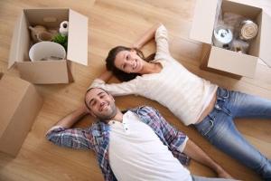 Как молодой семье получить квартиру бесплатно в россии