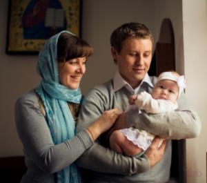Кто может быть крестными родителями у ребенка?