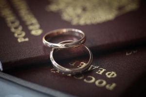 Какие документы нужно брать в назначенный день свадьбы?