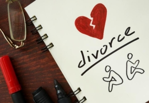 Сколько браков распадается в России?
